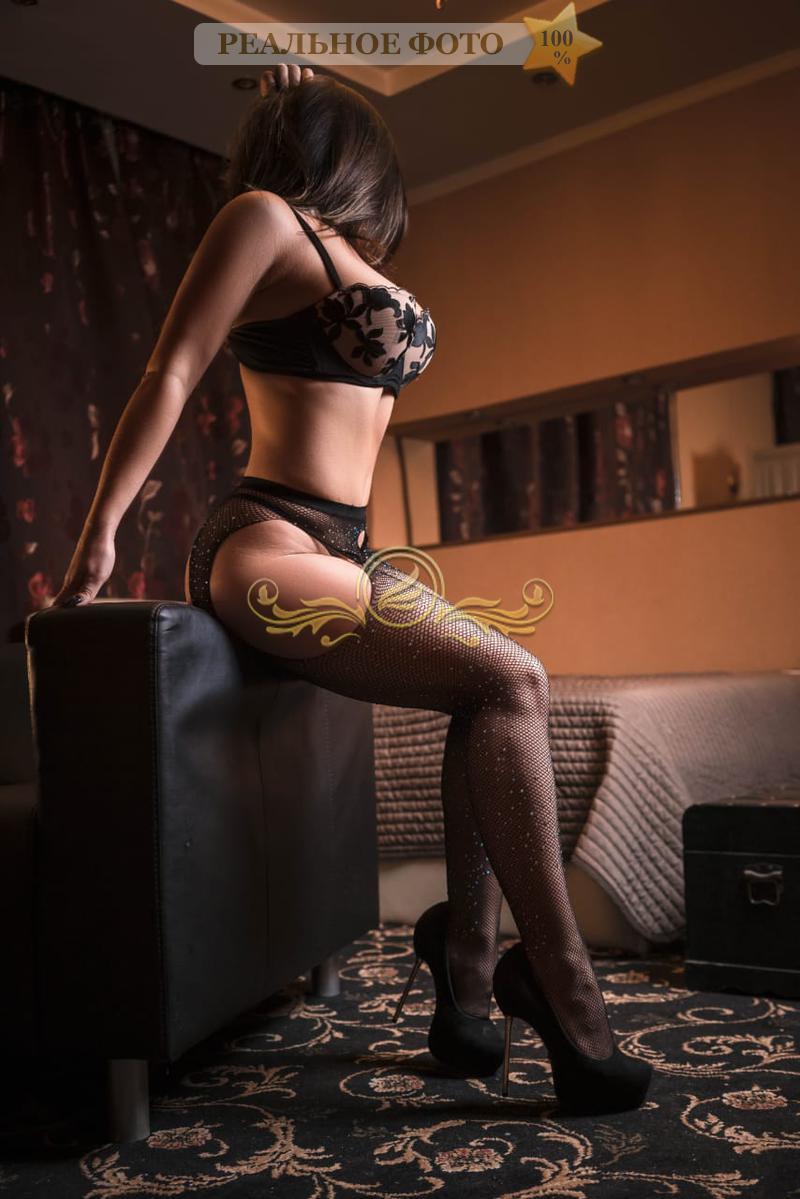 prostitutki-pitera-na-noviy-god